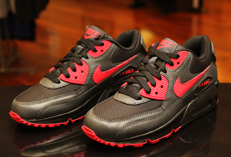 low priced cb8d9 88719 Nike Wmns Air Max 90 (325213 020)